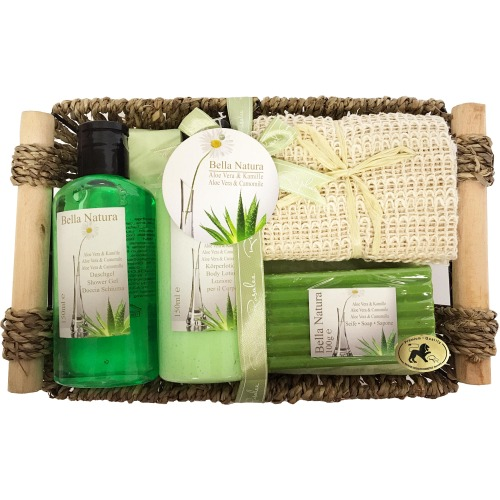 Bella Natura Raphael Rosalee AH Gift Set Bella Natura No.015  Gift Set SG 150ml+BL150ml +SOAP 100+TOWEL
