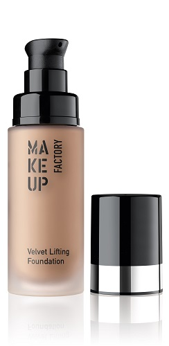 Make Up Factory Velvet Lifting Foundation 30 - Nutmeg